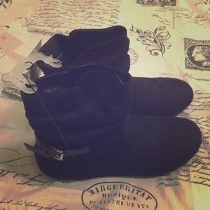Blk Ankle Boots